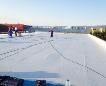 Izolácia strechy – Výrobná hala Michalovce, mPVC